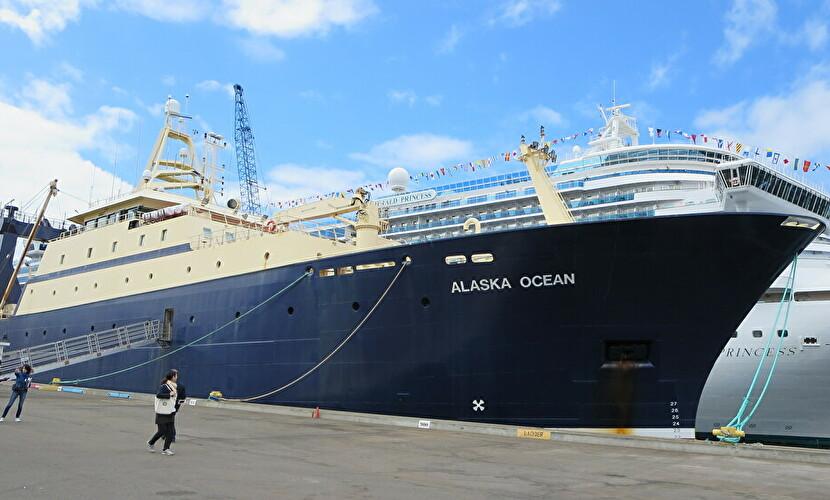 世界最大の漁船「アラスカ・オーシャン」に乗船。ベーリング海でのサステナブル漁業の実態に迫る
